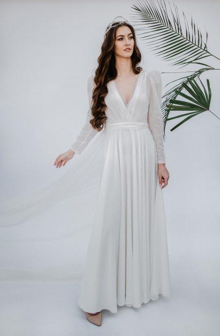 svadobné šaty s vlečkou