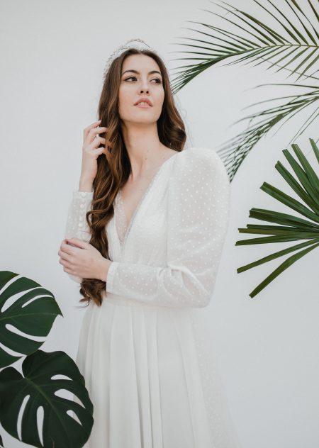 bodkované svadobné šaty